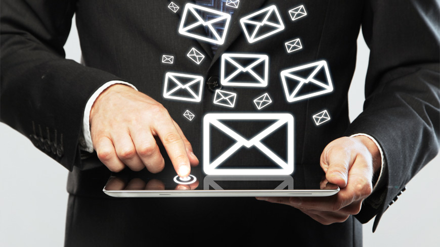 socially-charged-email