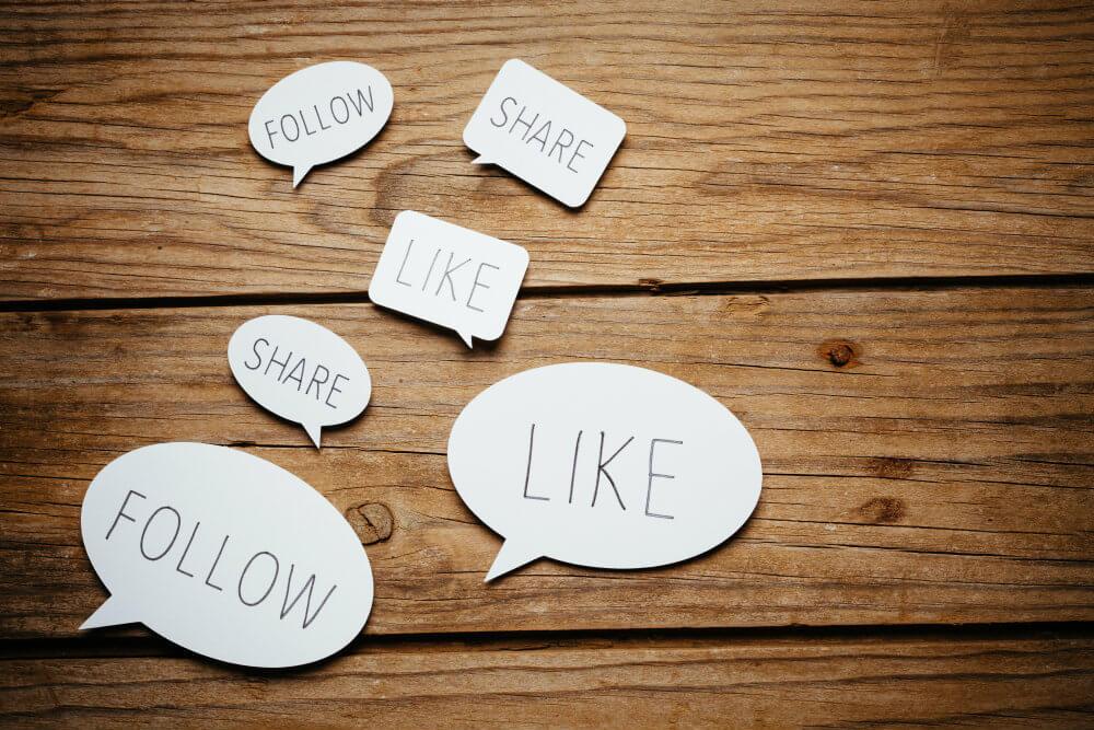 social_media_experts_to_follow.jpg